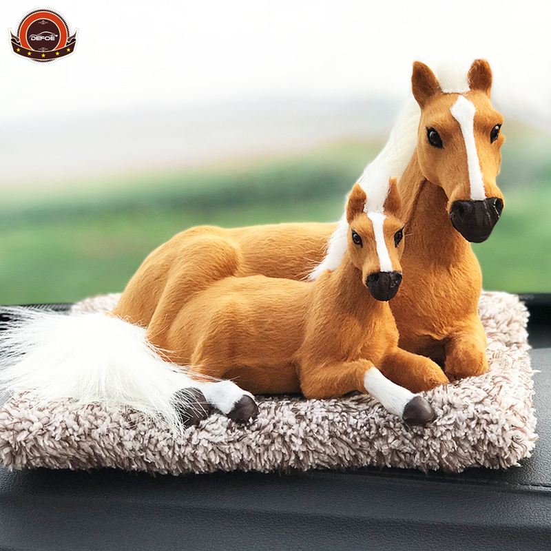 Creative animal car Activated carbon emulation dog new car Purifying air Remove formaldehyde Plush toys dolls decorations