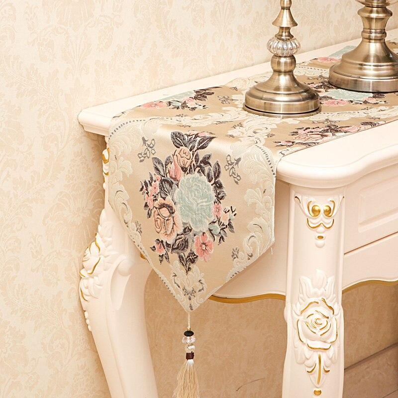 Еуропска луксузна везена столна - Кућни текстил