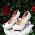 Alta Qualidade Novos 2017 mulheres bombas de moda sapatos de plataforma alta vermelho calcanhar bombas mulheres saltos das senhoras sapatos de casamento branco das mulheres saltos