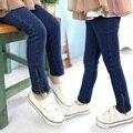 2016 Outono Do Bebê Meninas Casuais Denim Calça Jeans Meninas calças de Brim Com Zíper Crianças Primavera Outono Calça Jeans Meninas Calças Compridas