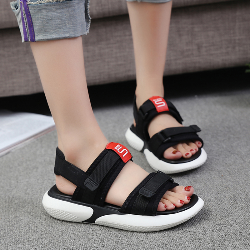 Summer 2018 new flat sandals female students wild magic stickers casual shoes. 54