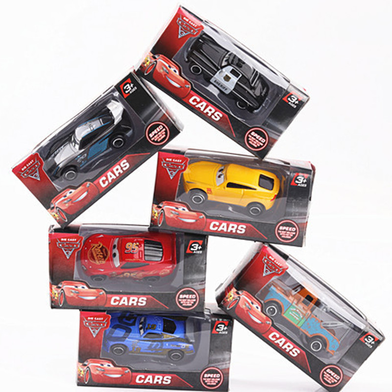 2018 Disney Cars 3 McQueen Jackson Storm Mater Cruz Ramirez Diecast Metal Alloy Model Toy 6Pcs Pixar Cars 3 Metal Toys For Kids