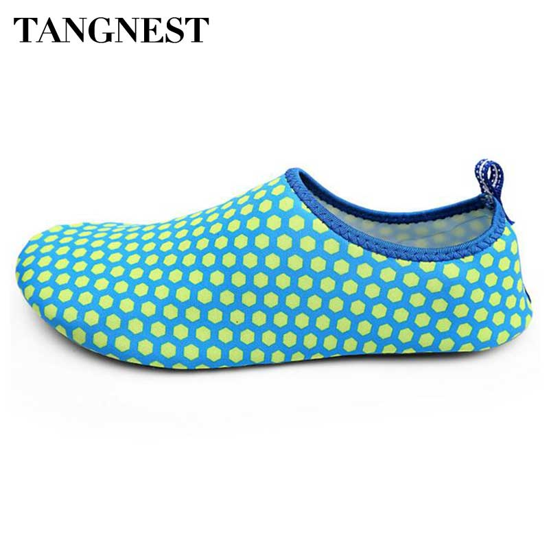 Tangnest Breathable Summer Men Light Flats Unisex Quick-drying Beach Shoes Man Casual Barefoot Shoes Soft Flat Shoes Man XMR2457 men beach shorts brand summer style boxers for men surf beach swimwear sport short mens board bermuda quick drying casual shorts