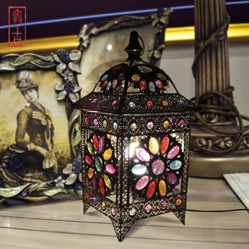 Bohemian Style Table Lamp Crystal Color Vision Lamp Bed Light Cafe / Studio Decoration Light AC90-260V Free Shipping