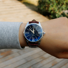LUOBOS New Trend Males Ladies Lovers Watch Informal Leather-based Strap Wristwatch Roman Type Dropshipping Girls Watches Scorching Sale Clock