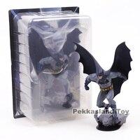 Base Batman Action Figure DC COMICS Limited Edition 8 Statue Batman Black Toys PVC Model 21cm