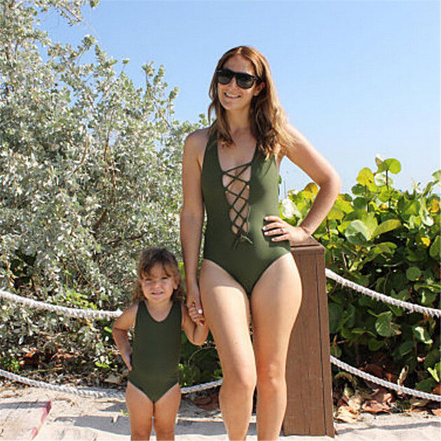 2018 New Parent Child Swimsuit Hot Mom And Kids Girls Sleeveless Push Up Padded Swimwear Fashion Bathing Suit Family Look Bikini