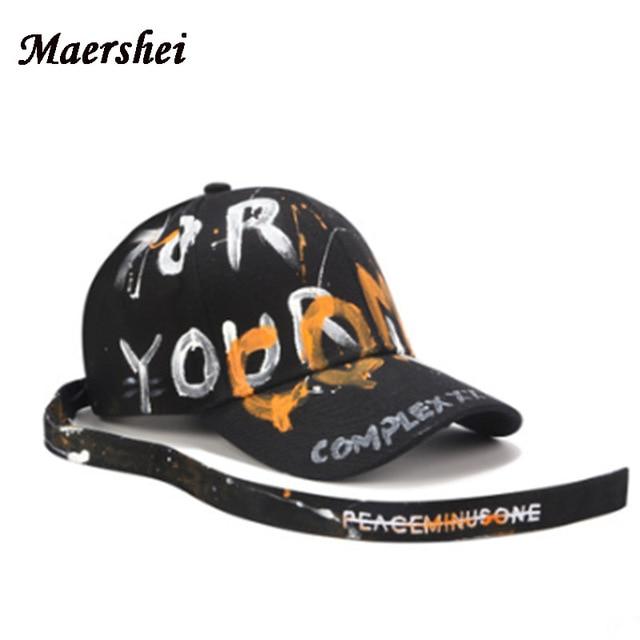 MAERSHEI אופנה אותיות גרפיטי בייסבול כובע מזדמן גברים נשים שחור ארוך חגורת GD מעוקל גולגולת כובע אישיות Snapback עצם בי