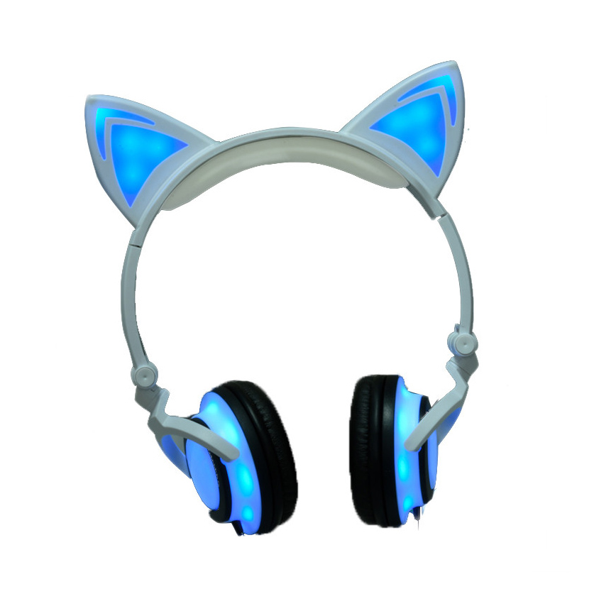 2017 Cat Ear Headphones LED Ear Headphone Cats Earphone Flashing Glowing Headset Gaming Earphones for PC Laptop Computer phone g1100 3 5mm pro gaming headset headphone for ps4 laptop crack pattern led led blue black red white
