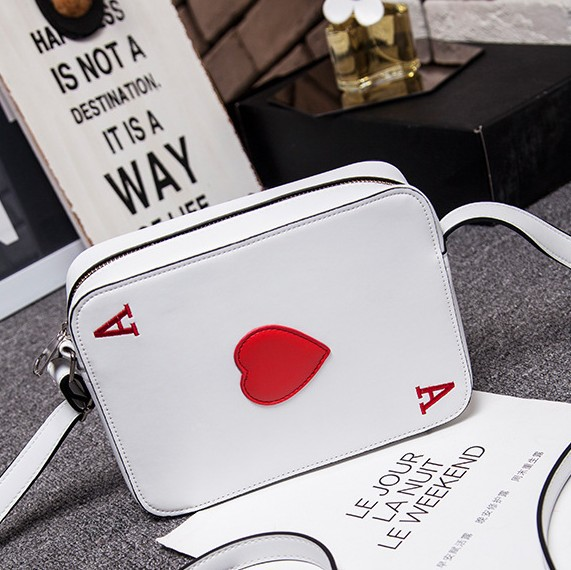 Air bag Harajuku creative personality poker hearts A fun funny shoulder bag cute bag