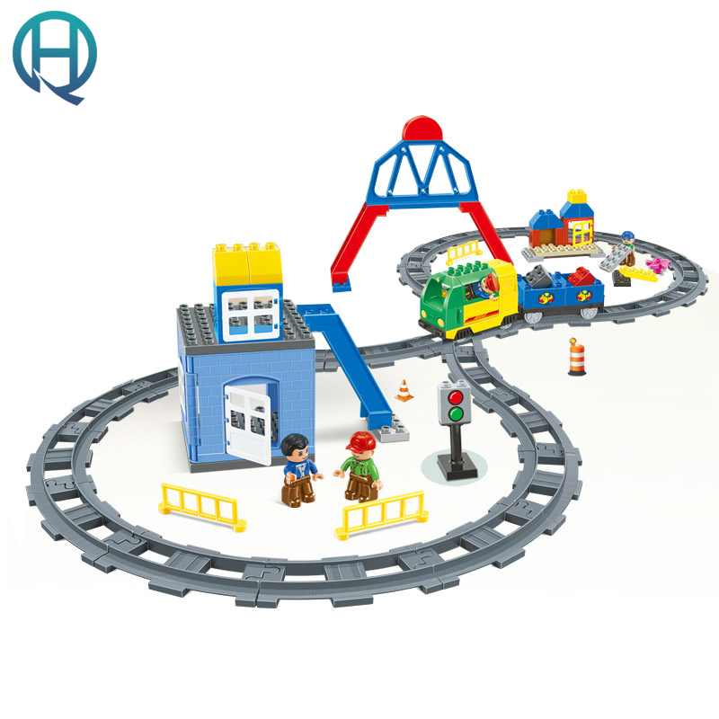 HuiMei Rail Car Center DIY Model Big Building Blocks Bricks Baby Early Educational Learning Birthday Gift Toys for Children Kids huimei basic edition diy model big building blocks bricks baby early educational learning birthday gift toys for children kids