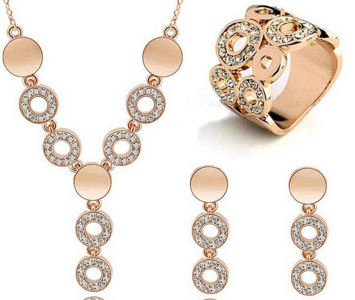 Trendy  Gold-color Jewelry Sets Hollow Rormantic Austrian Crystal Wedding Necklace+Earrings+Ring Women Jewelry Sets