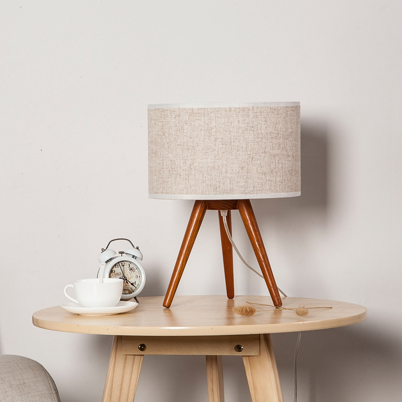 LukLoy Solid Wood Table Lamp Simple Creative Bedroom Bedside Study Warm Light Desk Japanese Pastoral Retro Textile Table LampLukLoy Solid Wood Table Lamp Simple Creative Bedroom Bedside Study Warm Light Desk Japanese Pastoral Retro Textile Table Lamp