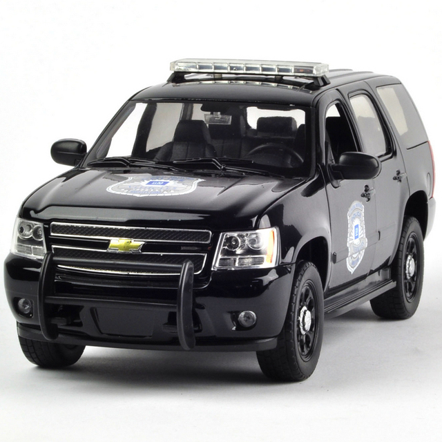 Welly 1 24 2008 Chevrolet Tahoe Police Car Black Alloy Model New Year