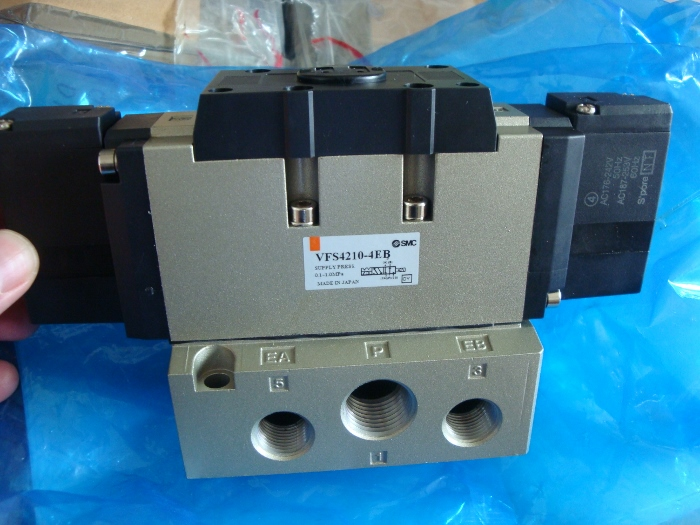 solenoid valve VFS4210-4EB VFS4210-4EB-04 new original genuinesolenoid valve VFS4210-4EB VFS4210-4EB-04 new original genuine