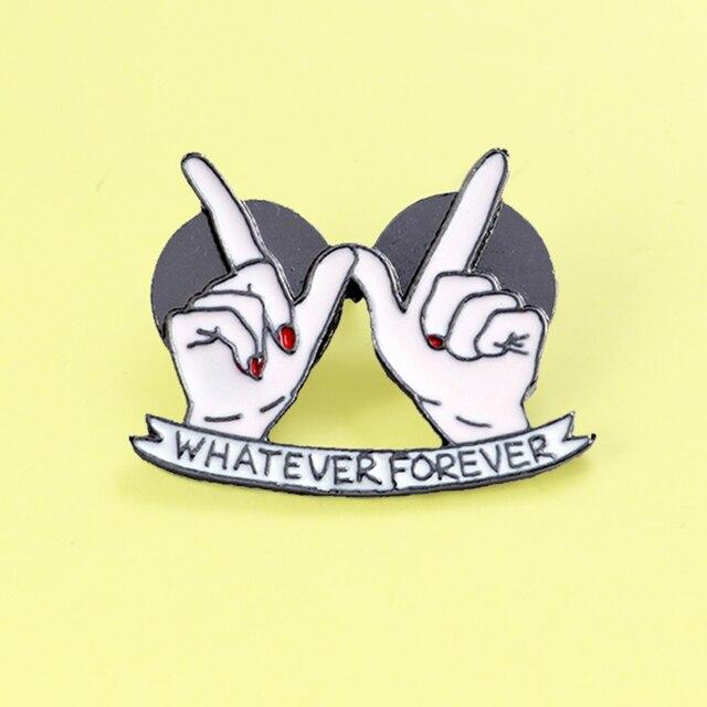 'WHATEVER FOREVER'Heart in Mano Spilla Best Amici BFF Dello Smalto Spilli Distintivi e Simboli Risvolto Spille di Modo per Le Donne cappello sacchetto di gioielli brosa