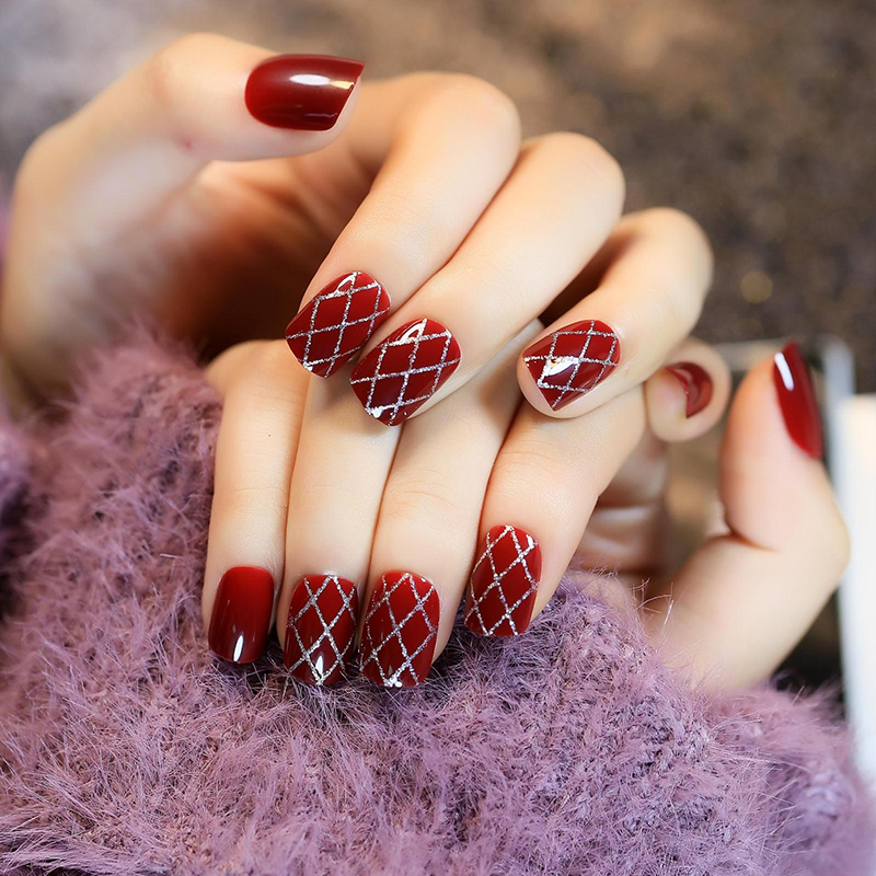 24pcs/set Retro ladies Wine red Silver grid line design false nails ...