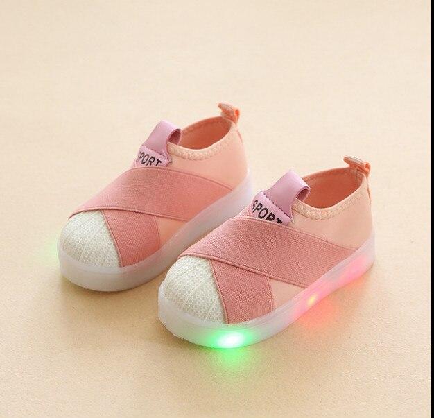 2018 Neue Kinder Sport Schuhe Led Beleuchtung Schuhe Mädchen Leucht Shell Kopf Sätze Von Füße Jungen-kinder Schuhe