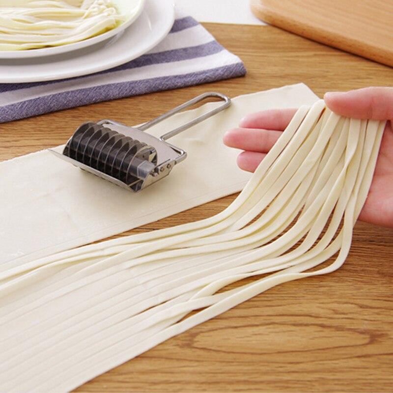 Eco-friendly Portable Creative Pastry Vegetable Cutter Shredding Shredders & Slicers Food Cutter noodle maker DJ0442