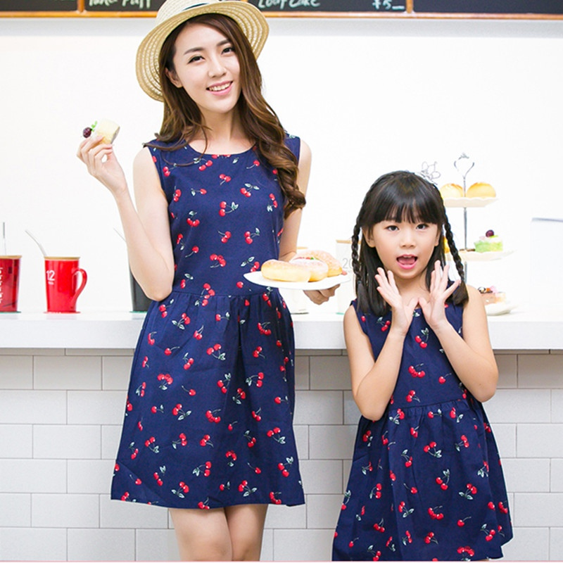 d1ac46c9418 Mode D été Style Famille Correspondant Tenues Mère Et Fille Sans Manches  Imprimer Mini Tutu Robe