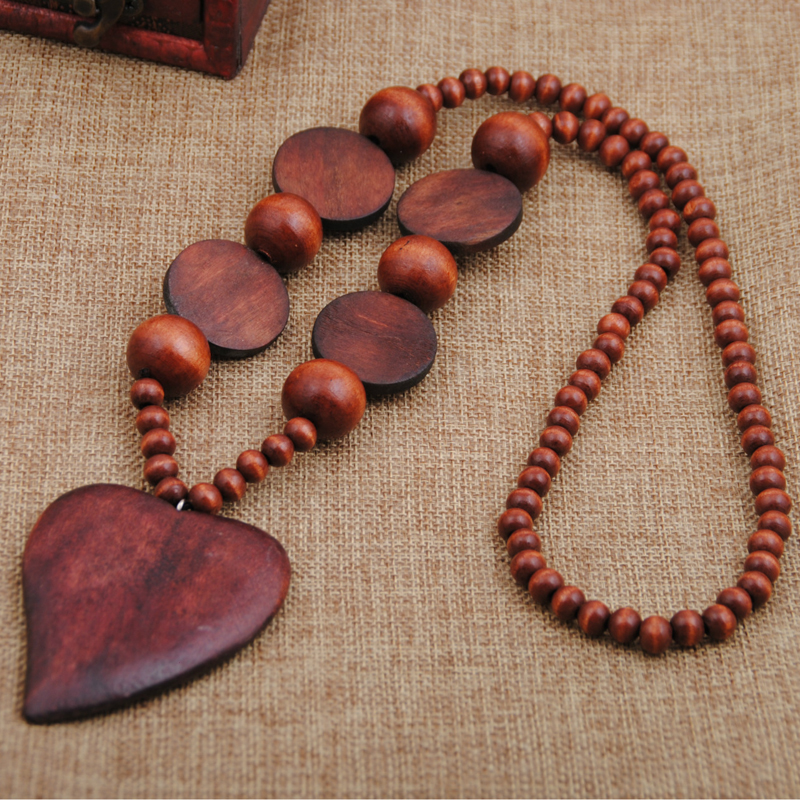 Women Bohemian Style Personality Wood Beads Heart Pendant Long Necklace Handmade Vintage High Quality Necklaces and Pendants nc 5364 women s bohemian style delicate floral necklace w pendant golden blue 26cm