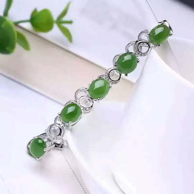 XHF     925 sterling silver with natural jade bracelet