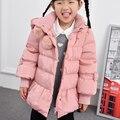 2016 Inverno Frio Quente Grosso Do Bebê Da Menina Da Criança Crianças Hoody Outerwear Longo rosa Pato Down & Parkas Jacket & Brasão Para Meninas 100-160 cm