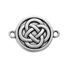 "Doreen Kotak Berbasis Paduan Seng Liontin Putaran Antique Perak Celtic Knot Pola 27mm (1 1/8 "") x 20mm (6/8""), 20 PCs(China)"