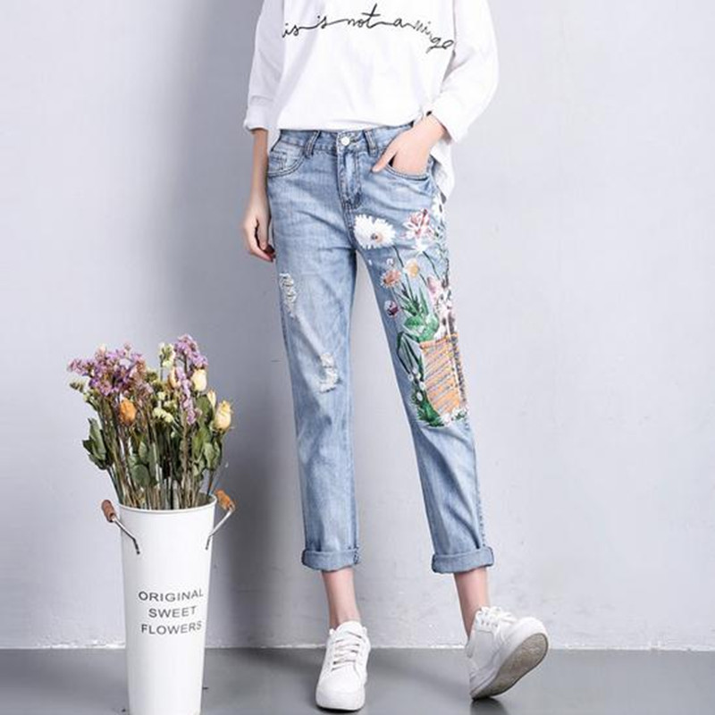 Painted printed jeans Female loose holes Spring summer jeans women nine points pants broken hole Harem pants