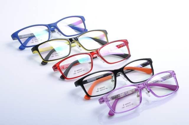20188f5a256 Fashion Kids Children Toddler Boys Girls TR90 Eyeglasses Frames Silicone  Nose Spring hinge Legs Optical Glasses