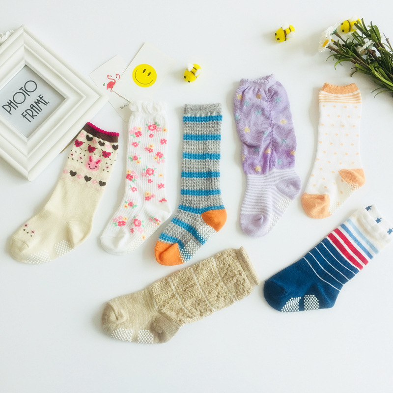 1 pairs lot Kids cotton socks Boy girl Baby Infant Keep warm stripe Dots fashion Sport 39 s Socks Autumn Winter Children 11 13 cm in Socks from Mother amp Kids