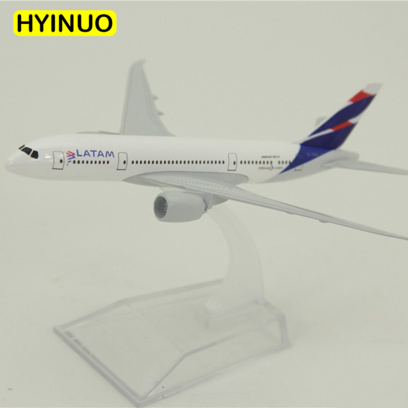 About 14.8CM 1:400 Boeing B787 model Chile LATAM Airlines W base airbus metal alloy aircraft plane collectible display modelAbout 14.8CM 1:400 Boeing B787 model Chile LATAM Airlines W base airbus metal alloy aircraft plane collectible display model