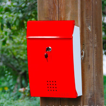 Wall Mounted Metal Mailbox House Apartment PO Box With Keys Anti-Rust Outdoor Storage Box Home Garden Decoration Box