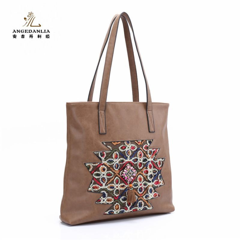 943a15aa4d Women handbag Embroideried Ethnic BOHO Bohemia Hippie Gypsy Tote Bags  Ethnic Bag summer lady beach shoulder crossbody bags-in Shoulder Bags from  Luggage ...
