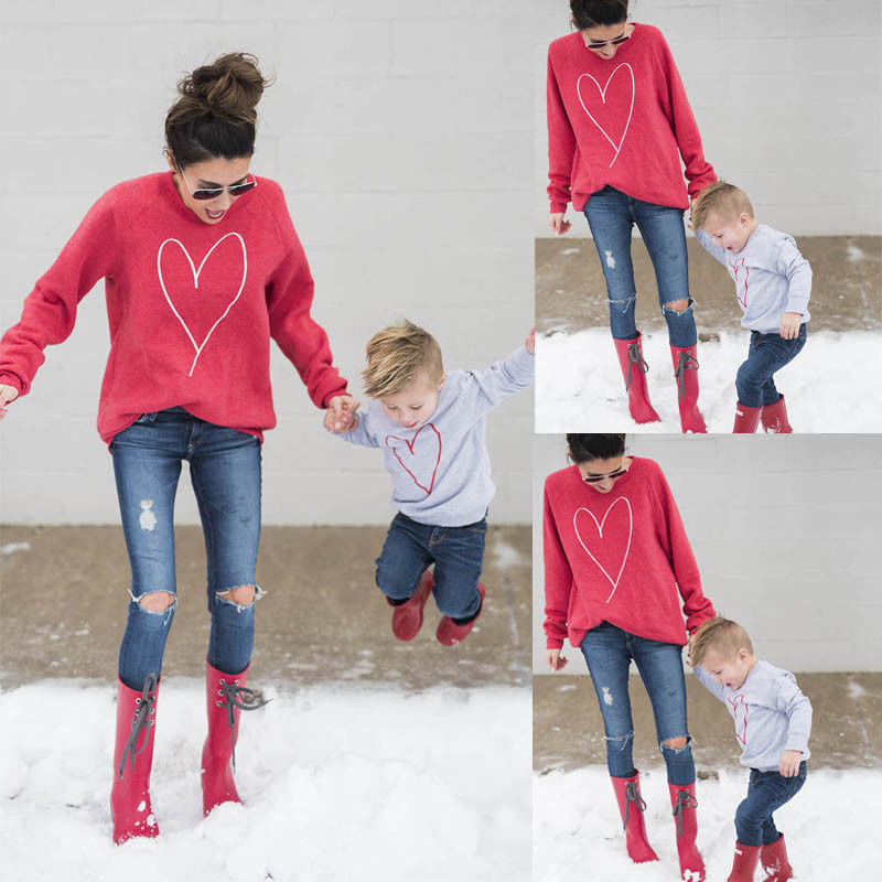 Family Matching Heart Clothing Mother Mum Baby Boy Girls T-shirt Sweater Sweatershirt 2017 New Autumn Tops Blouse Family Clothes