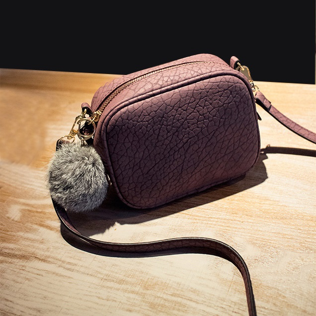 2019 New Women Messenger Bag Fashion Lether Shoulder Bags Women Casual Small Women Bag Hairball Ornaments