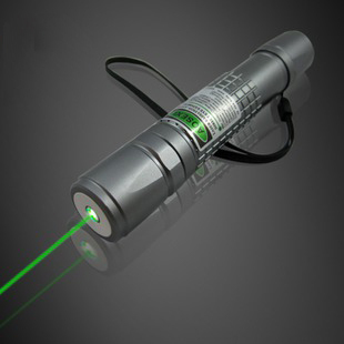 NEW green laser pointer 100000mw 100w 532nm high power military focusable burn match,burn cigarette,pop balloon+Changer+gift Box