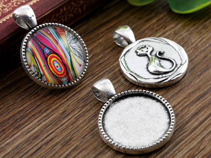 10pcs 20mm Inner Size Antique Silver Classic Style Cabochon Base Setting Charms Pendant (D2-25)