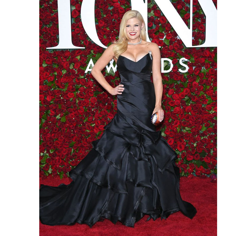 Megan Hilty Strapless Black Evening Gown Mermaid Silhouette Prom ...