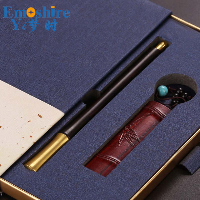 Alibaba wholesale carved animal wooden pen hand carved weird pens