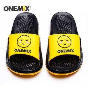 Image 4 - Сандалии ONEMIX унисекс, пляжные тапочки с граффити, удобные для улицы и дома, обувь на плоской подошве для мужчин и женщин, для летнего сезона