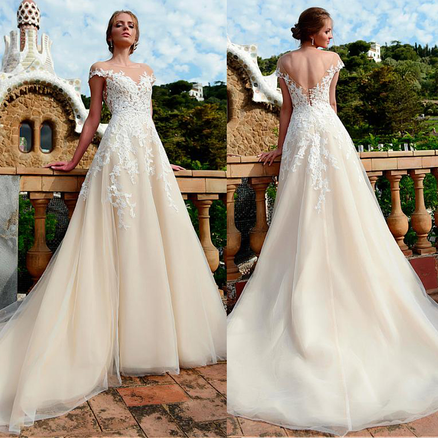 Amazing Tulle Jewel Neckline Natural Waistline A-line Wedding Dress With Lace Appliques Chamapgne Bridal Dress