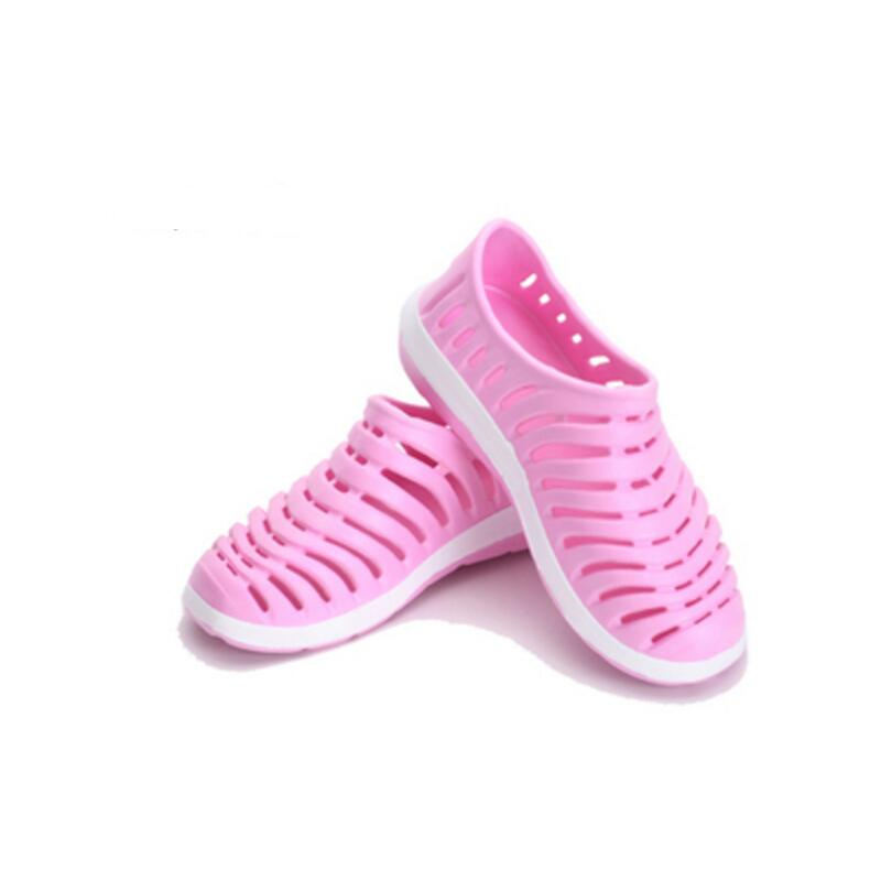 2018 New Lady Summer Hollow Flat Beach Rubber Sandals Breathable Shoes Casual Fashion Beach Sandals Women Slippers women s shoes 2017 summer new fashion footwear women s air network flat shoes breathable comfortable casual shoes jdt103
