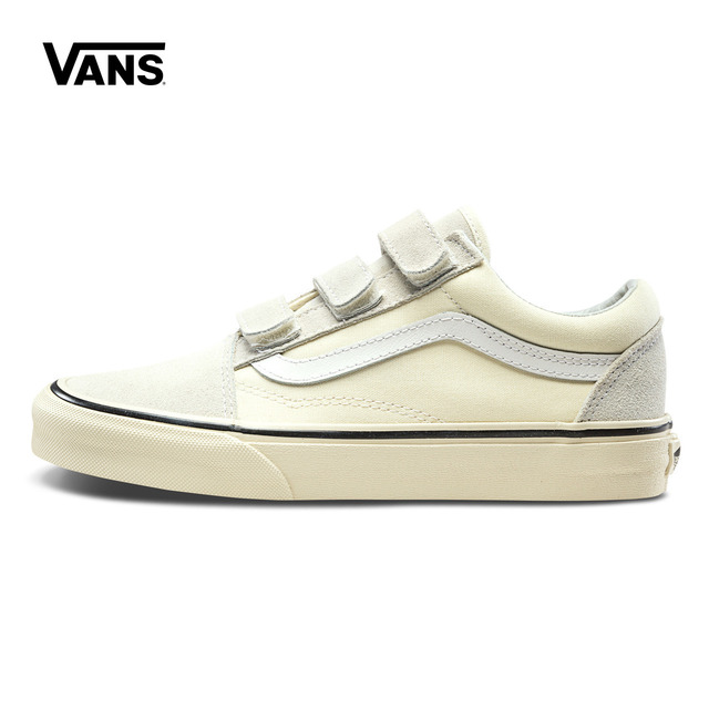 Original New Arrival Vans Men s   Women s Classic Old Skool V Low-top  Skateboarding Shoes Outdoor Sneakers Canvas VN0A3D29R2S 19a169bddf8c