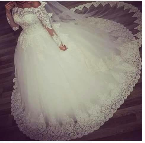 Super pretty v neck low v back stunning mermaid lace for Super low back wedding dress