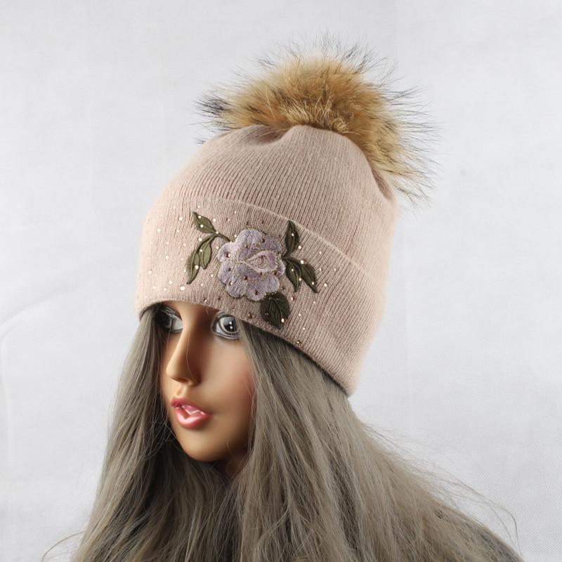 Blume Stickerei Beanies Damen Hut Winter Fell Pompons Beanie Hüte - Bekleidungszubehör - Foto 2