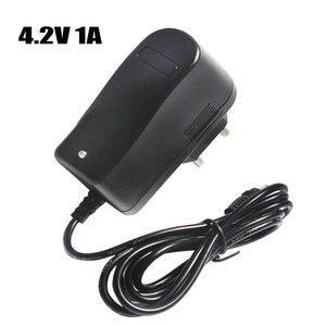 Image 1 - 4.2 V 1A 18650 bateria litowa ładowarka DC 5.5 MM * 2.1 MM ue/AU/US/UK wtyczka 110 220 V dla 18650 bateria litowo polimerowa