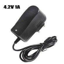 4.2 v 1A 18650 Batteria Al Litio Caricabatterie DC 5.5mm * 2.1mm EU/AU/US/UK spina 110 220 v Per 18650 Batteria Ai Polimeri di Litio