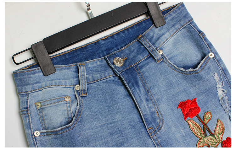 2017 Europe and the United States new women stretch loose jeans women trousers color flowers 3D stereo embroidery holes jeans (11)