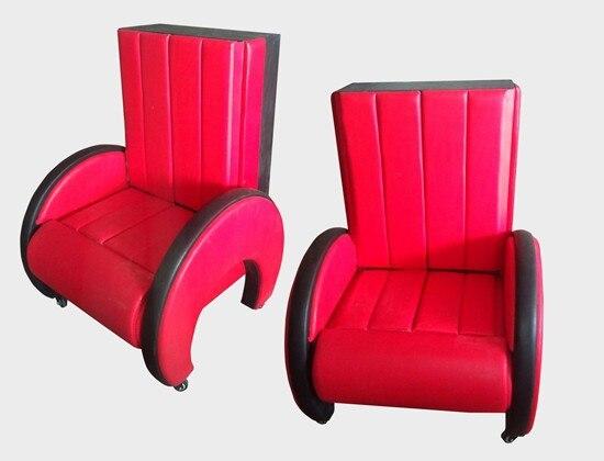 Illusion d'apparence de chaise 2/chaise rouge/tours de magie/magie de scène/performance de mariage